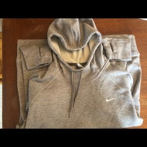 Nike hooded dri fit sweatshirt